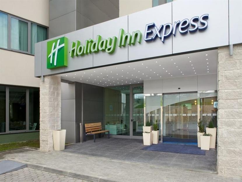Holiday Inn Express Lisbon Airport Lissabon Alkaen 39
